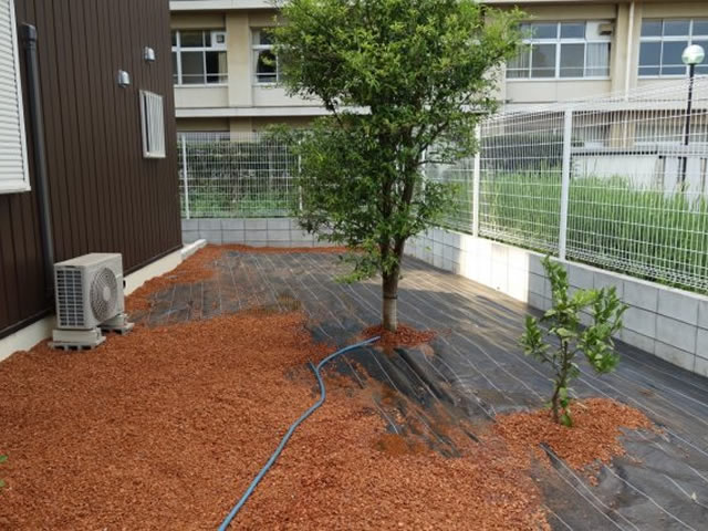 千葉県佐倉市-メトロローマン カバー工法工事 施工例